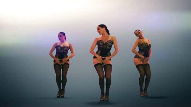 Blonde Krankenschwester Transe deutsche porno reife streichelt Ihren Schwanz