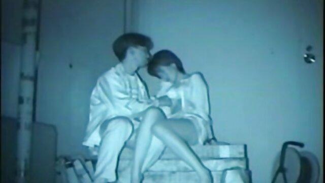 Rica japanische deutsche sex videos mit reifen frauen Puppe hat sexy Runde