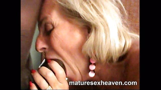 pawg fickt Ihre enge pussy deutsche alte pornos mit Spielzeug